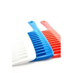 Peigne râteau aux dents larges